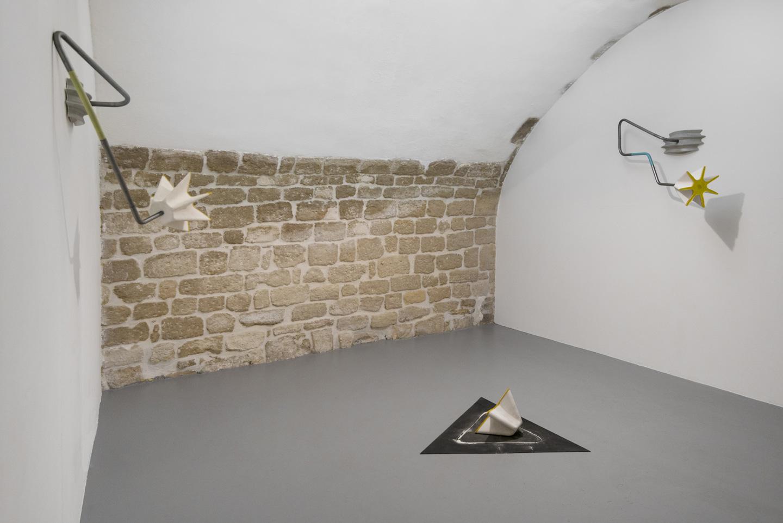 Vue de l'exposition Former Lisière